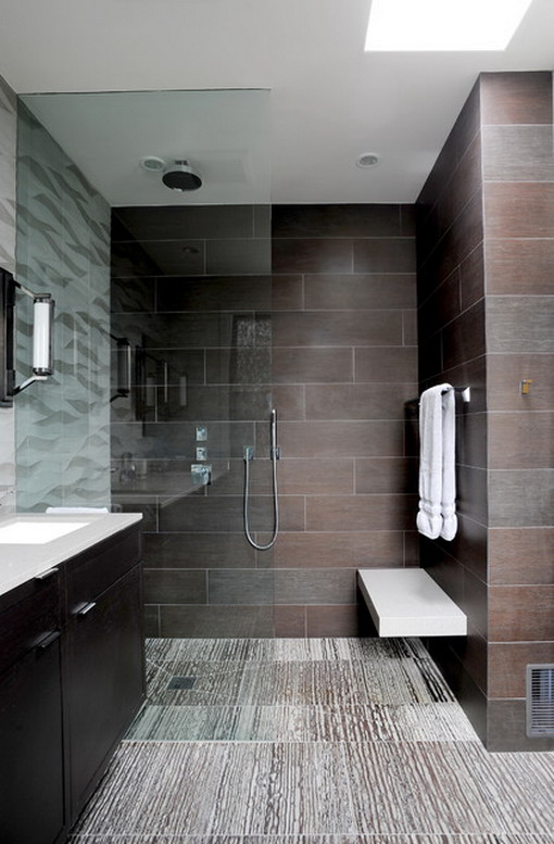 Copia il look: un bellissimo bagno moderno grigio scuro
