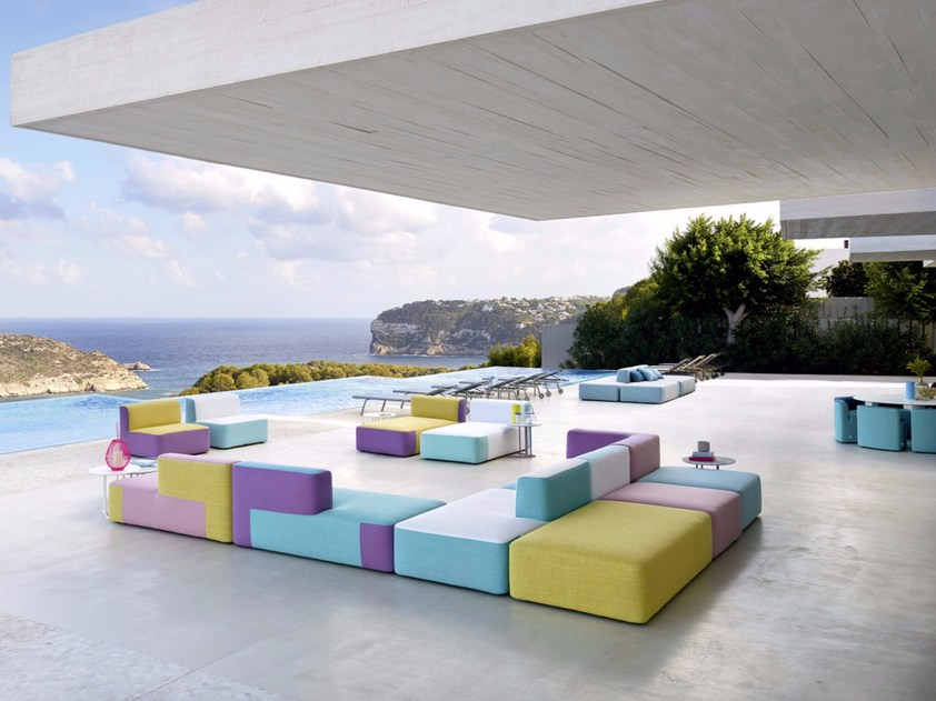 Divani moderni outdoor colorati
