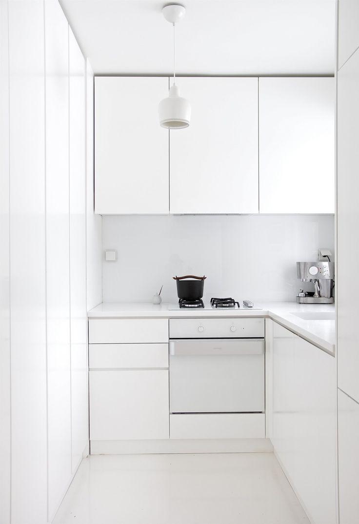 Come arredare una cucina moderna bianca 100 immagini - Arredare una cucina moderna ...