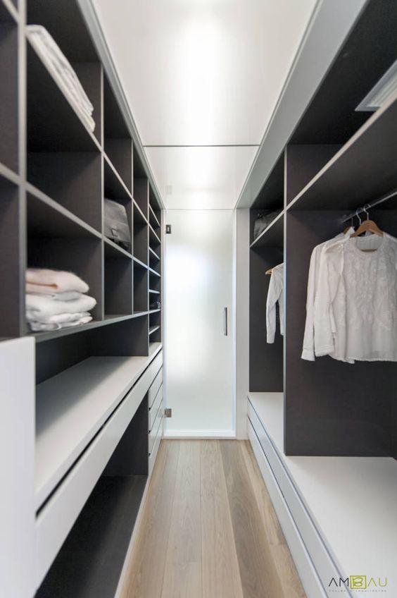 Progettare una cabina armadio camera stretta e lunga