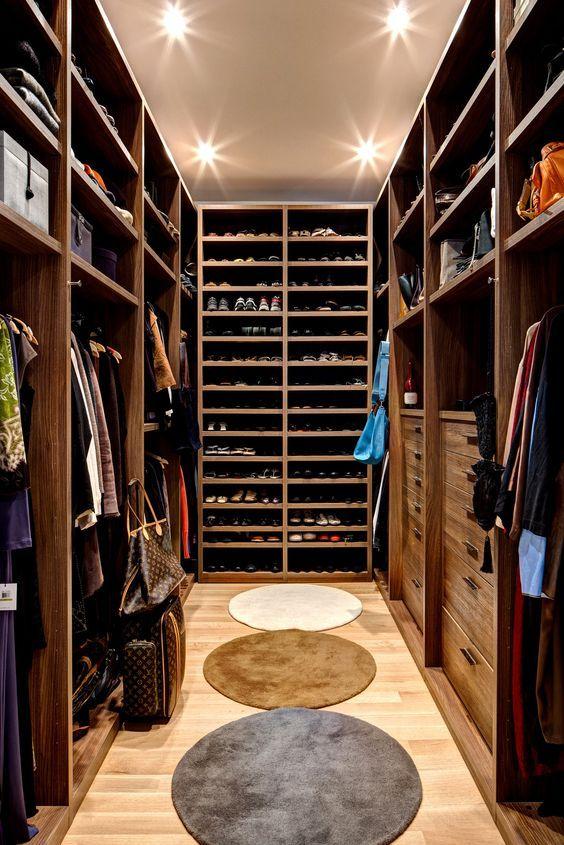 Progettare una cabina armadio in legno