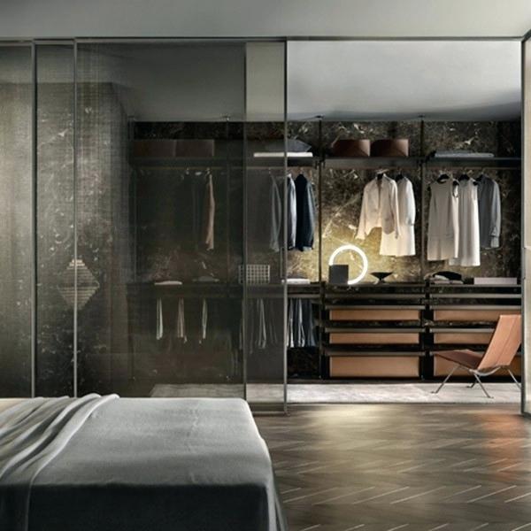 Progettare una cabina armadio stanza rettangolare