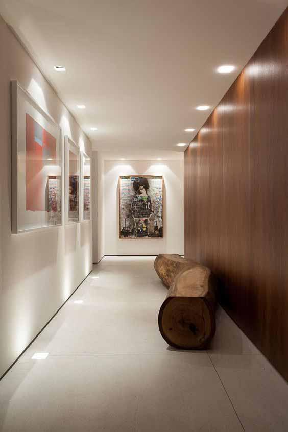 Arredare il corridoio stretto e lungo e le migliori idee for Arredare corridoio