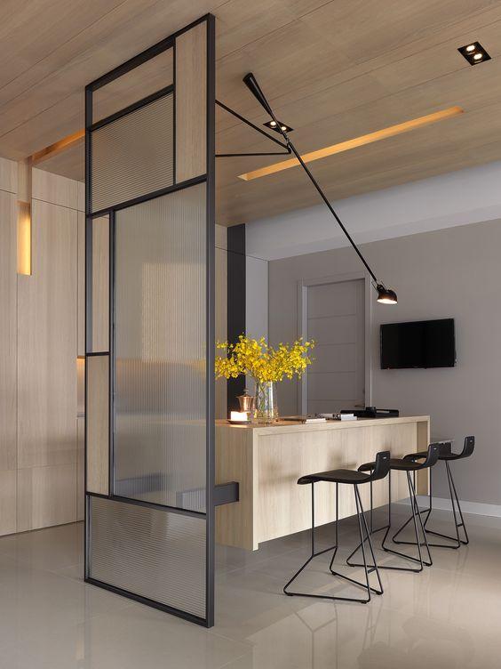 come dividere una finestra per due stanze