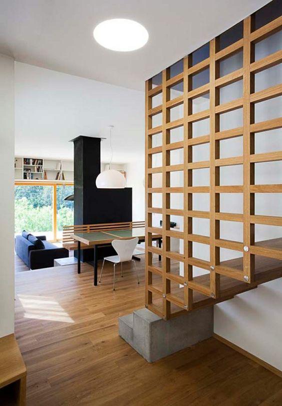 come dividere una stanza con scale in due