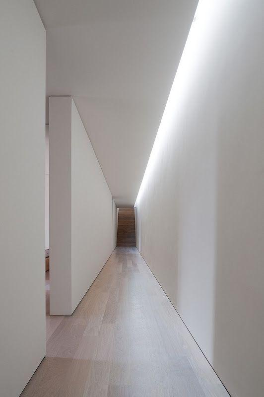 Illuminare il controsoffitto del corridoio