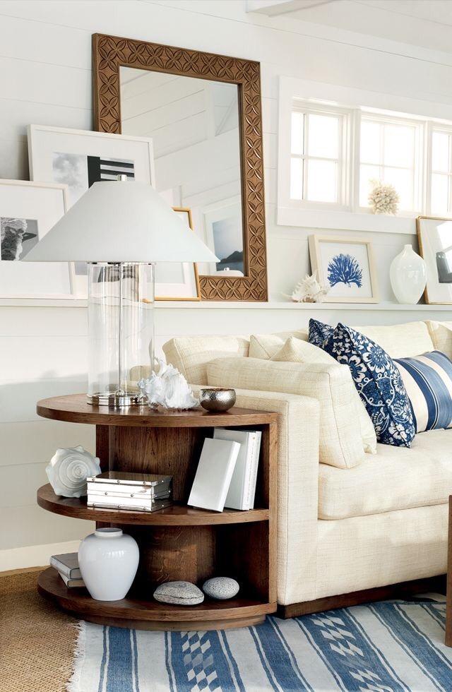 Cosa mettere dietro il divano: le 24 idee più belle da copiare