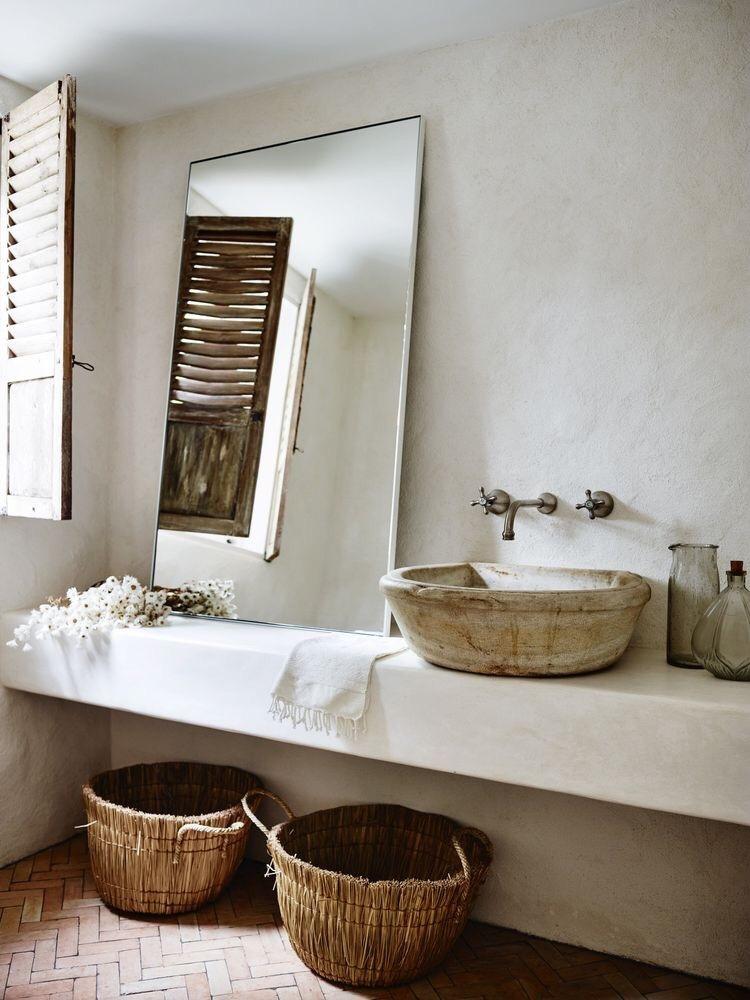 specchio per arredare un bagno piccolo