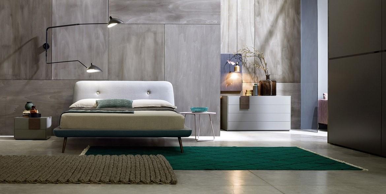 Come arredare camera da letto moderna testata