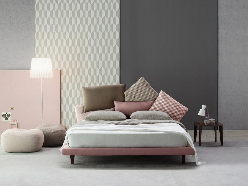 Come arredare una camera da letto moderna grigia