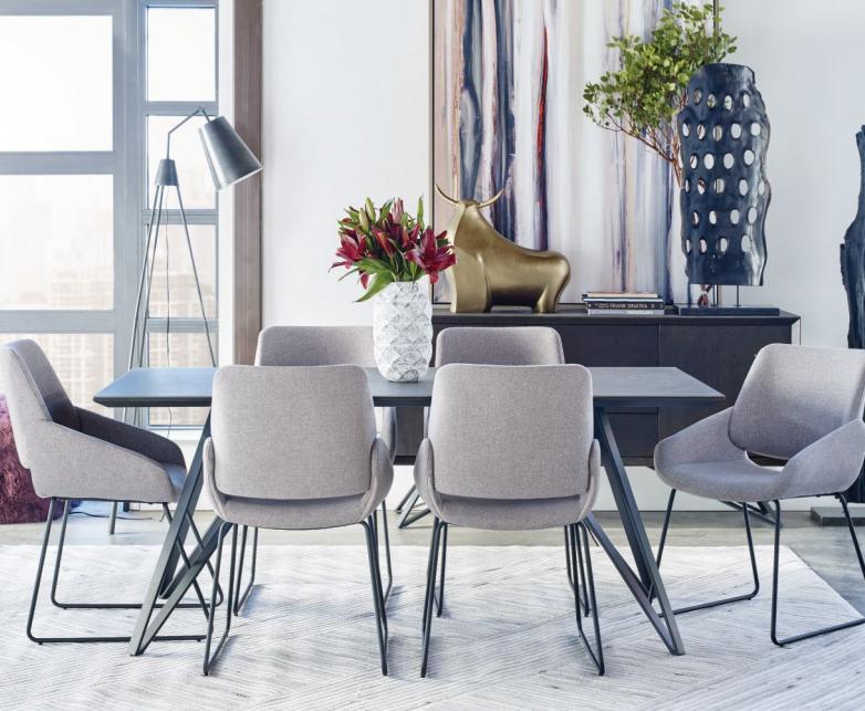 Come scegliere un tavolo da pranzo moderno
