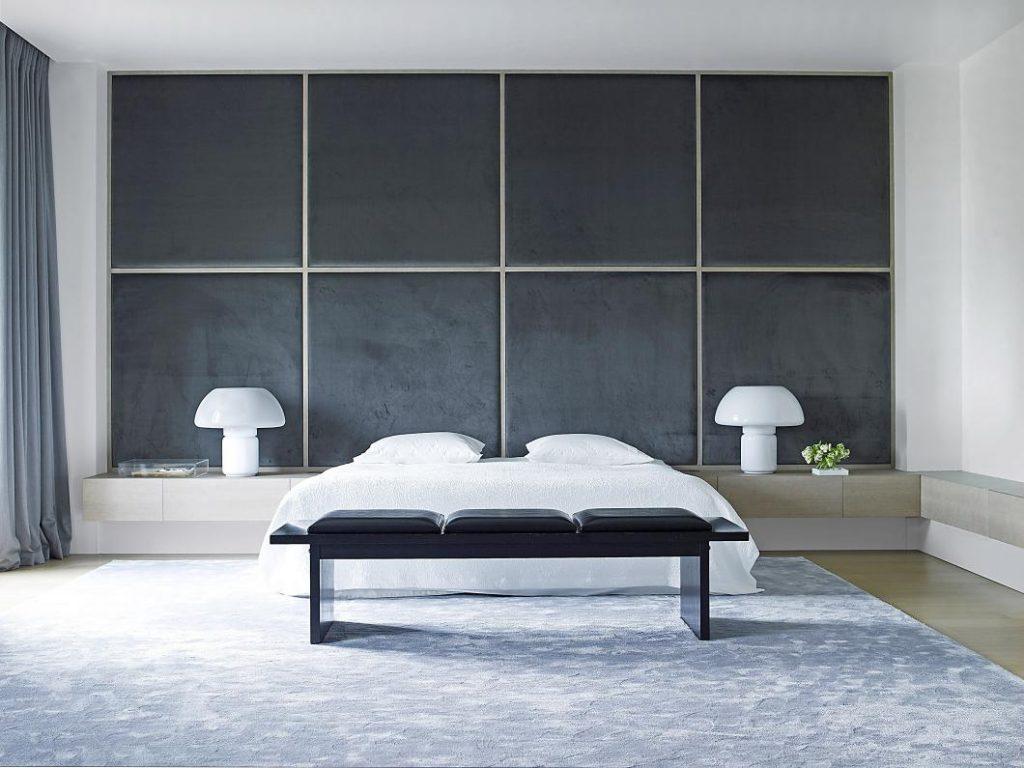 camera da letto grigia moderna