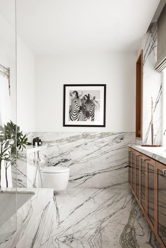 bagno marmo bianco