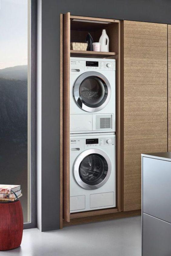 Organizzare la lavanderia mobile armadio con asciugatrice