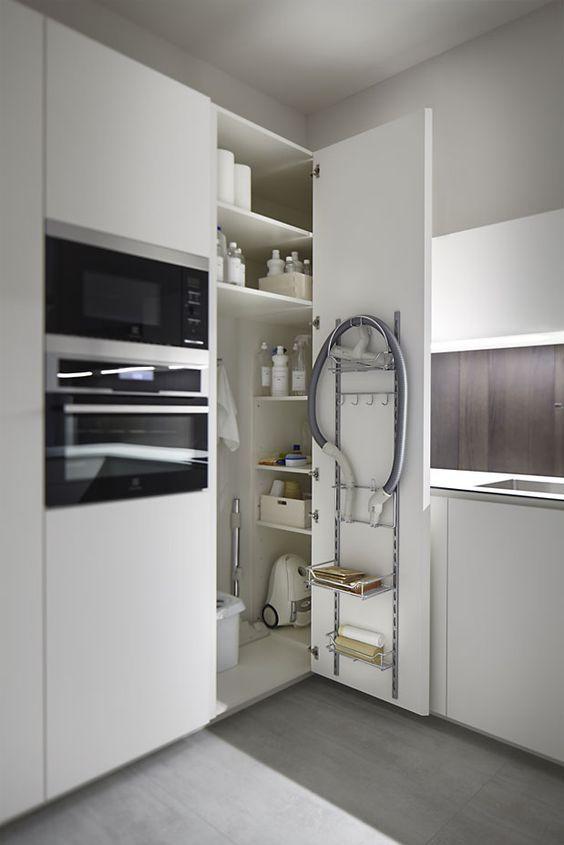 lavanderia organizzata ad angolo