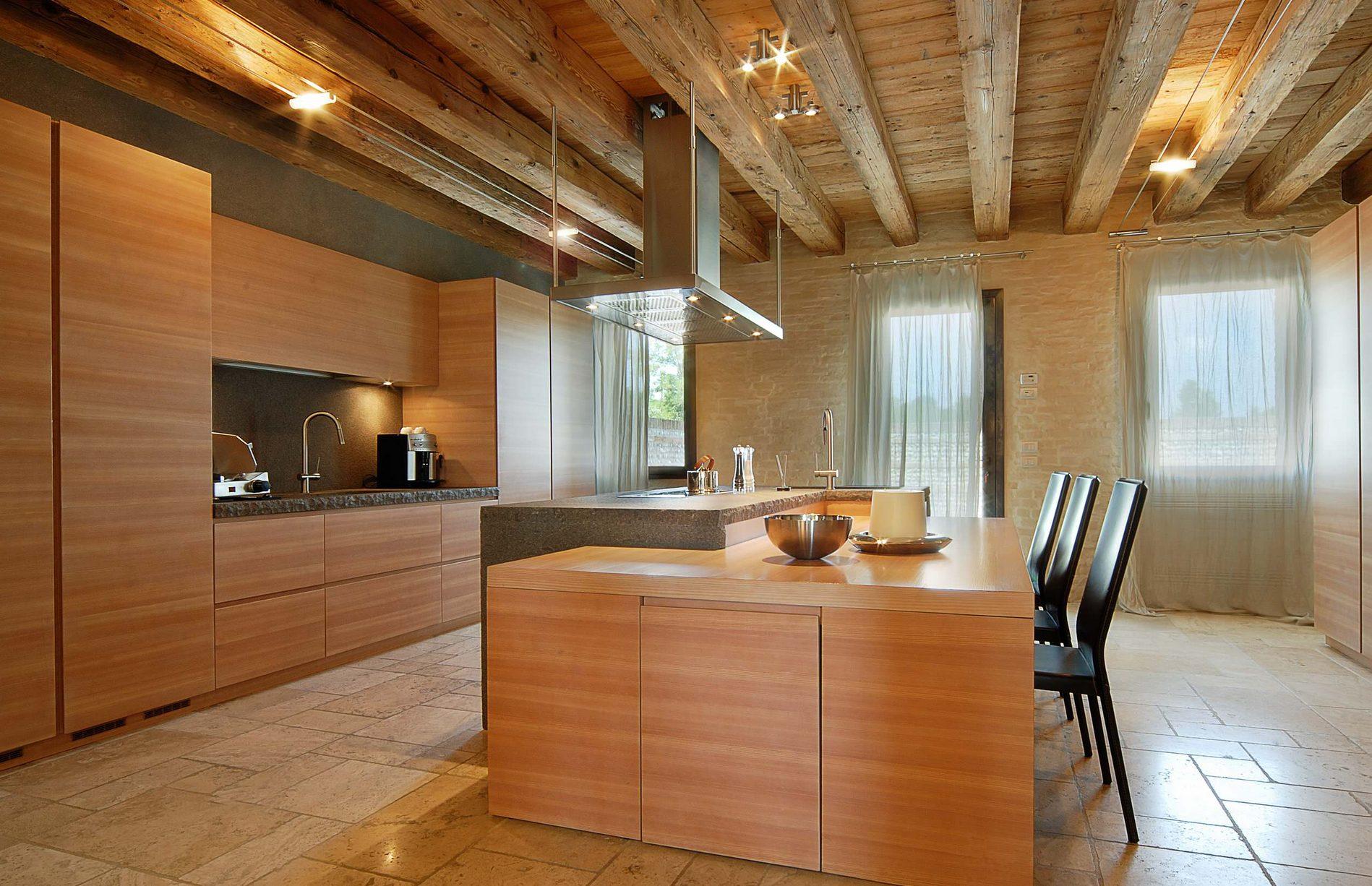 Come Decorare Una Cucina Rustica arredare una mansarda: 50 idee per realizzare un sogno