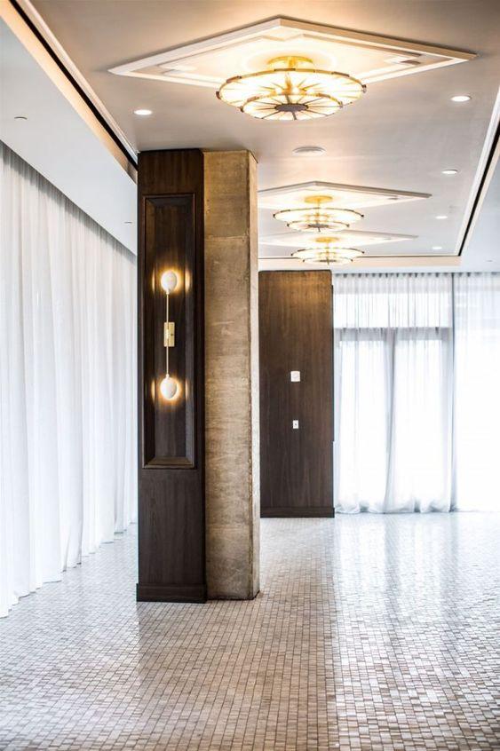 nascondere pilastro a centro stanza
