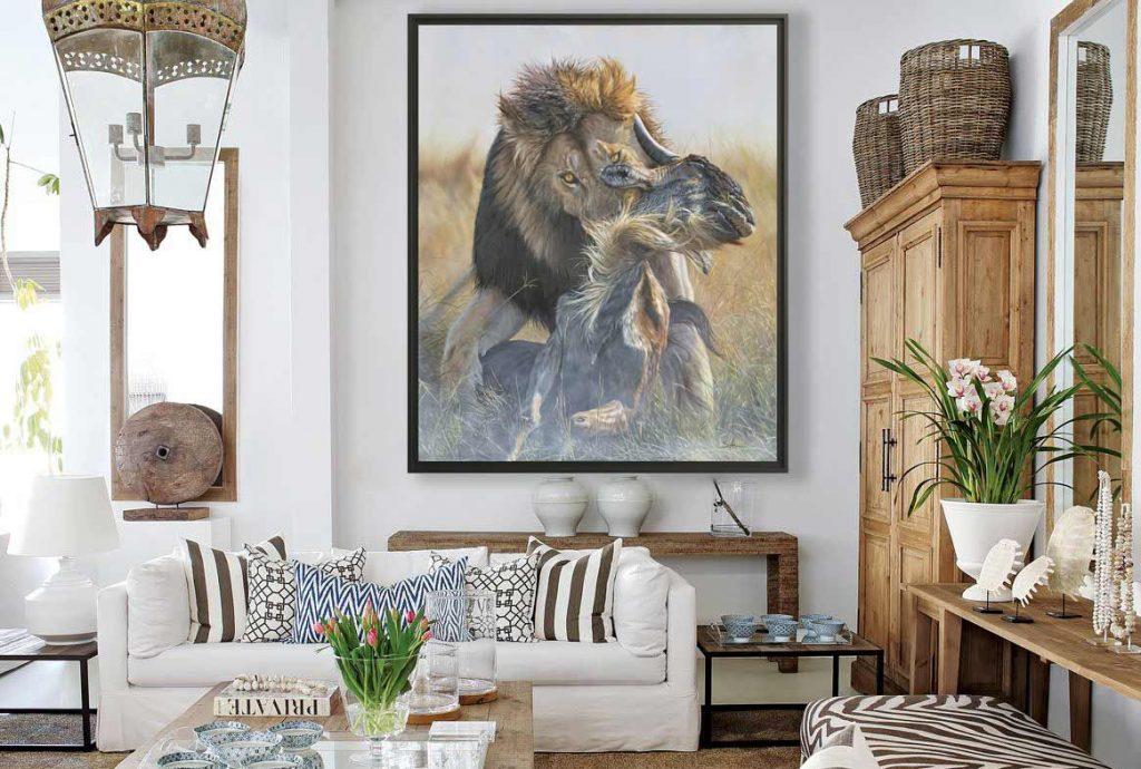 quadro grande appeso sopra concolle in salotto