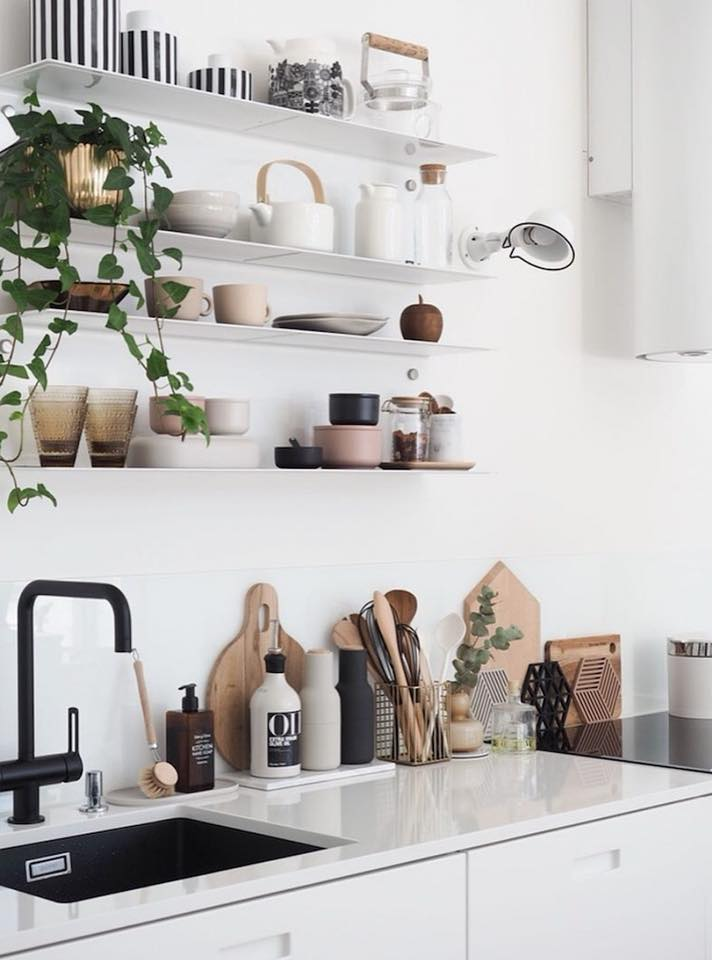 cucina arredata in stile scandinavo