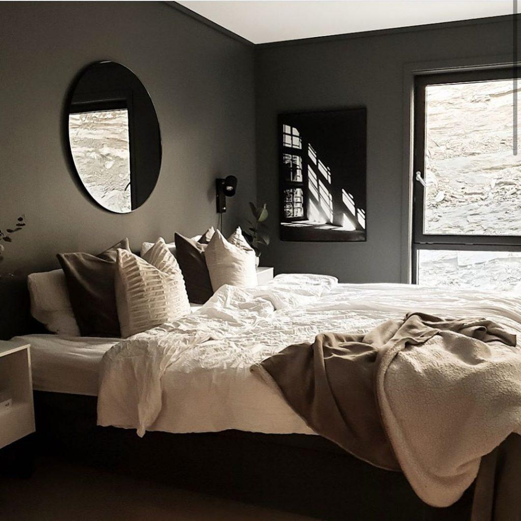 camera da letto Arredata in stile scandinavo