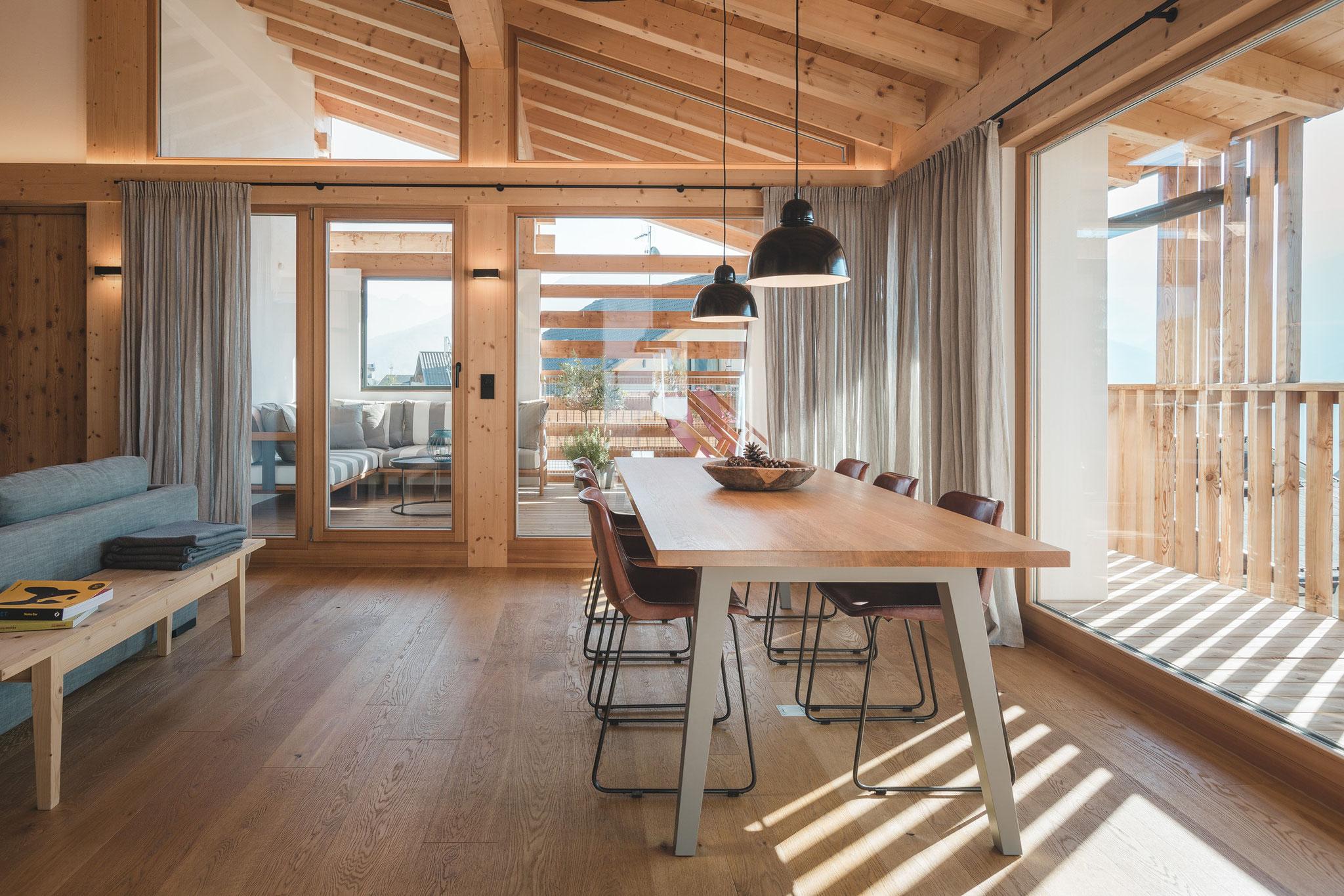 Luci Per Tettoia In Legno illuminare un tetto con travi a vista: tutte le soluzioni