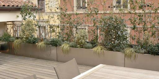 balcone con pavimento sovrapposto