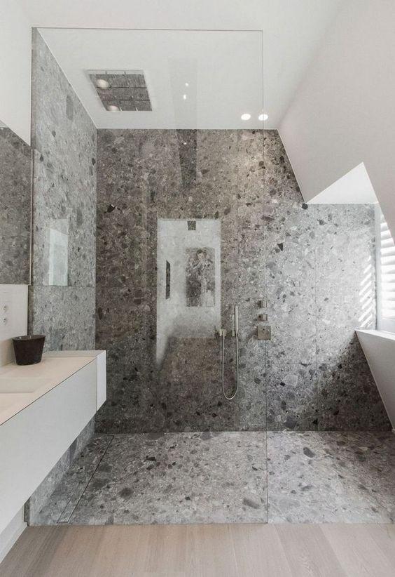 Arredare un bagno con il grigio